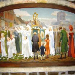 Peinture dans la chapelle J-P II avec notre dais de procession