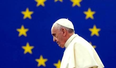 58125 pape francois drapeau europe 440x260